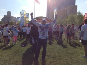 Don Thomas, an executive recruiter in the Industrial Chemicals practice area of Key Corporate Services, particpates in the Indianapolis Color Run 2014